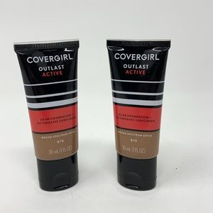 2COVERGIRL Outlast Active FoundationToasted Almond